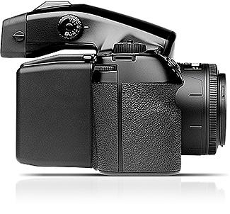 لایت روم همراه با اولین دوربین قطع متوسط دیجیتال با قیمت زیر ۱۰۰۰۰ دلار