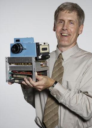 اولین دوربین عکاسی دیجیتال