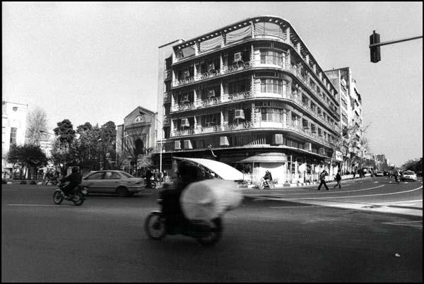 محسن یزدی پور، بانک تجارت،میدان امام خمینی(ره)، سال ۱۳۸۵