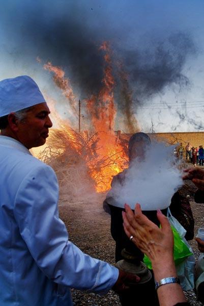 مرضیه ایوتین – جشن هیرو مبا – شریف آباد اردکان – عکس ۱