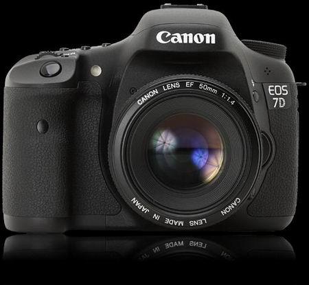معرفی دوربین Canon EOS 7D
