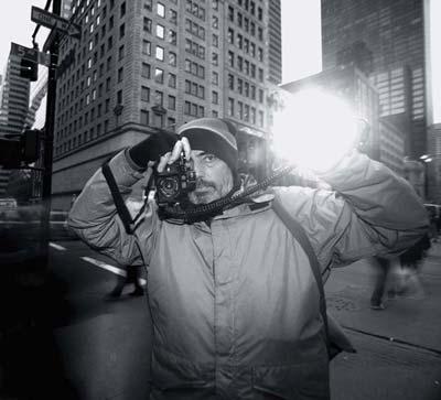 بروس گیلدن (Bruce Gilden) عکاس خیابانی