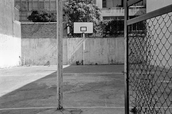 مجموعه مناظر شهری. عکاسی آنالوگ – ۶۰×۴۰ – ۱۳۸۶ – عکس ۱