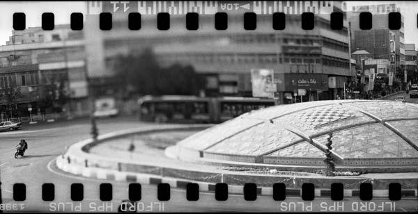 مستندنگاری ناواضح – عکاسی آنالوگ – ۲۵×۵۰ سانتیمتر – ۱۳۸۹ – عکس ۳