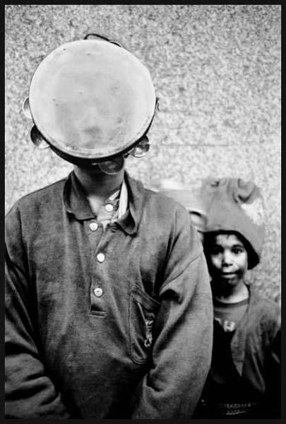 حاجی فیروز – عکاسی آنالوگ – ۳۳×۲۲ سانتیمتر – ۱۳۷۵ – عکس ۳