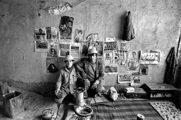 از مجموعه کارگرها – عکاسی آنالوگ – ۴۵×۳۰ سانتیمتر – ۱۳۵۶ – عکس ۶