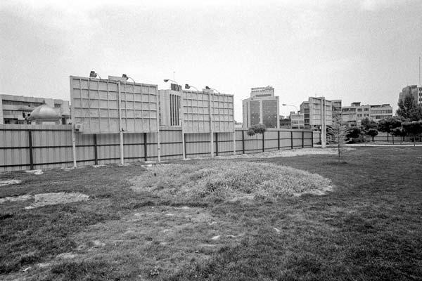 مجموعه مناظر شهری. عکاسی آنالوگ – ۶۰×۴۰ – ۱۳۸۶ – عکس ۵