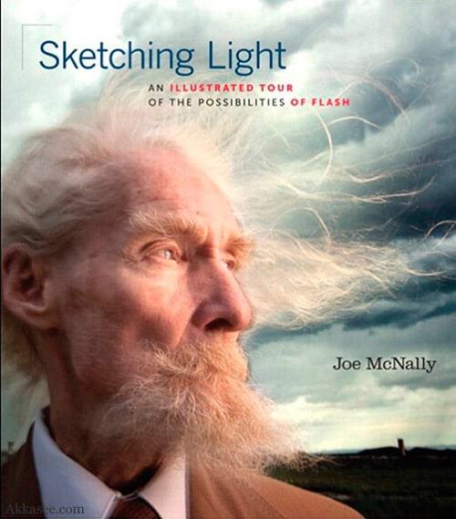 معرفی کتاب Sketching Light