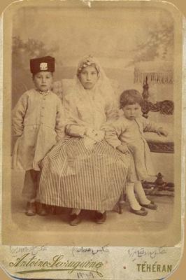 عکسهای خانوادگی آنتوان سوریوگین در عکسخانه شهر