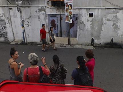 «دیوار بر روی دیوار»؛ نمایشگاه خیابانی فرهاد فخریان