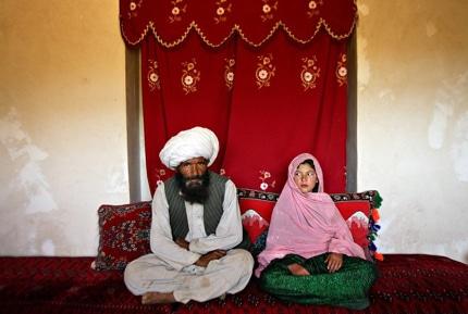 مجموعه عکس استفانی سینکلر؛ ازدواج زودهنگام دختران