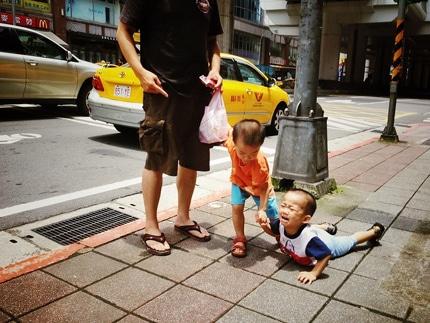 ده راهکار کاربردی برای عکاسی خیابانی با «تلفن همراه»