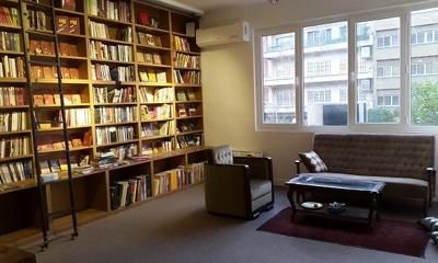 نشست نمایشنامهنویسی کتابفروشی نشر «هنوز»