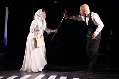 اجرای نمایش «شب به خیر جناب کنت» ویژه عکاسان