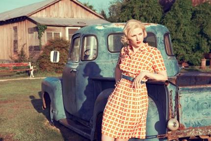 زنان مسخ شده در عکسهای کورتنی روی