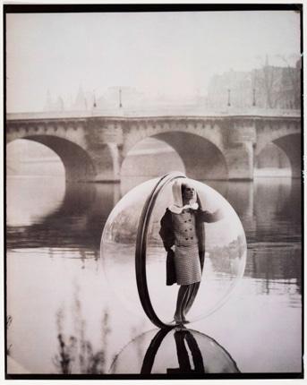 مروری گذرا بر یکصد سال تاریخ «عکاسی مد»