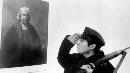 نمایش فیلم «تفنگداران» در موزه هنرهای معاصر