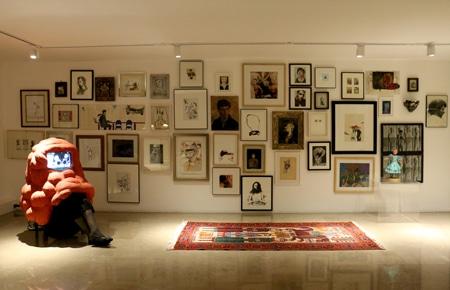 نمایش مجموعه شخصی «فریدون آو» در بنیاد لاجوردی