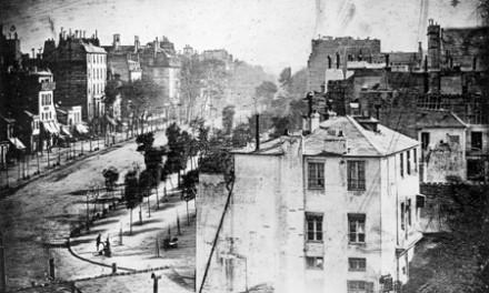 عکاسی خیابانی؛ مروری تاریخی و نگاهی به رویکردهای جدید این ژانر