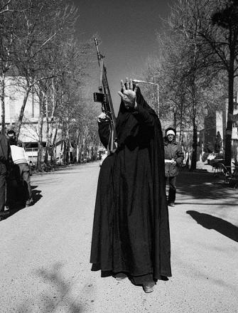 «انقلابیون»؛ نمایشگاه عکس کاوه کاظمی در گالری آران