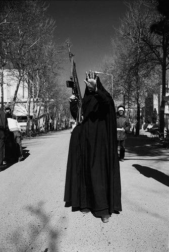 در آب داغ: عکسهایی از ایران در گذر سالها