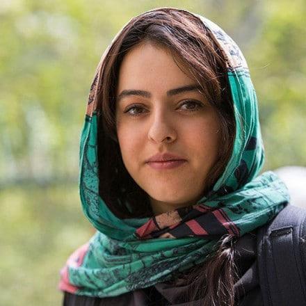 گفتگو با نیوشا توکلیان پیرامون نمایشگاه «ایران؛ سال  ۳۸»