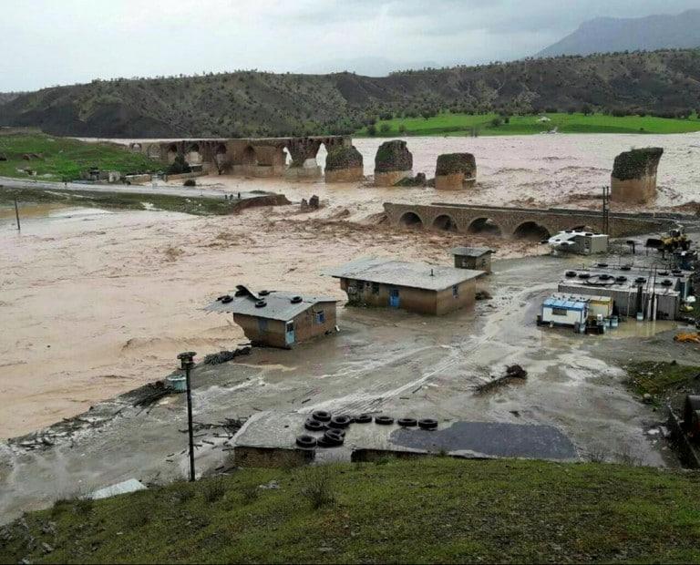 فراخوان مسابقه عکاسی سیلاب ۹۷ و ۹۸
