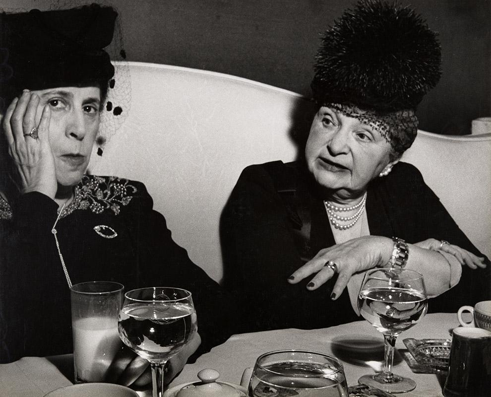 لیزته مدل. فشن شو، هتل پیِر، نیویورک، 1940 – 1946