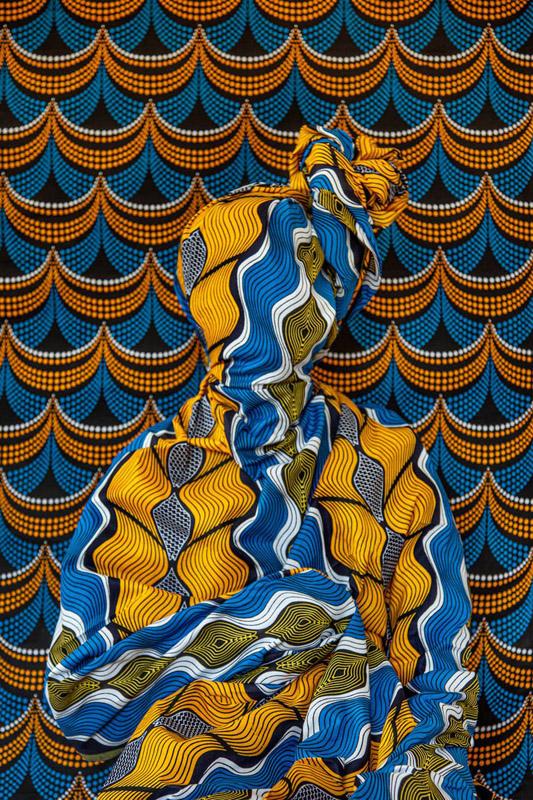 Alia Ali از آمریکا. مرواریدهای آبی، از مجموعهی Flux