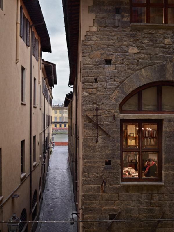 گیل آلبرت هلبان. ایتالیا، از مجموعهی «بیرون پنجرهام»