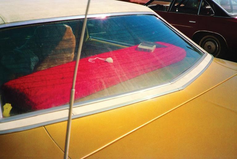 ویلیام اگلستون: عکسهای رنگی او از زندگی روزمره به خاطر پیشپاافتاده بودنشان شوکهکننده بودند