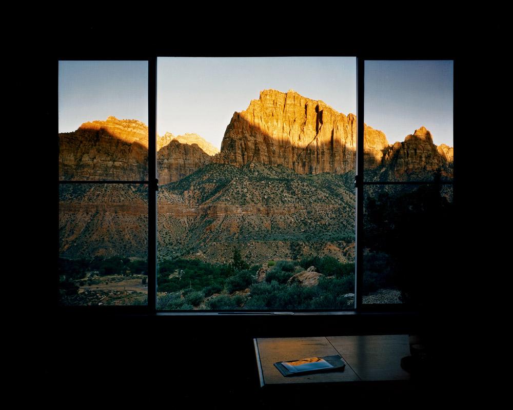 جان فال. از مجموعهی «تصویر پنجرهها» (1987)