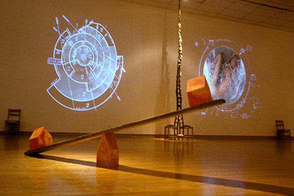 شکل 2. خوزه سون (Jose Seoane) و زیگی تورینوس (Sigi Torinus). «نقاط اصلی»، گالری تیمز، چدم، اونتاریو، کانادا، ۲۰۰۴