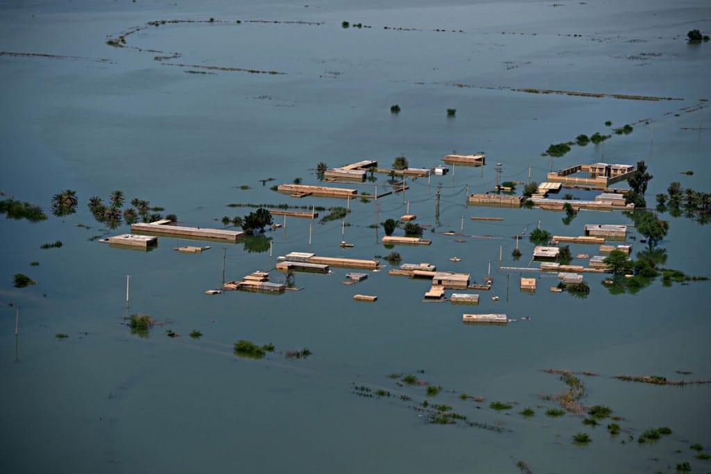 سجاد صفری دهکردی، رتبه اول بخش «وقوع سیلاب و خسارتهای کالبدی و اقتصادی» مسابقه عکاسی سیلاب 97 و 98