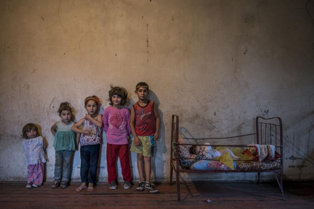 Anush Babajanyan. از مجموعهی A Troubled Home. برنده گرانت فتوژورنالیست زن سال کانن 2019