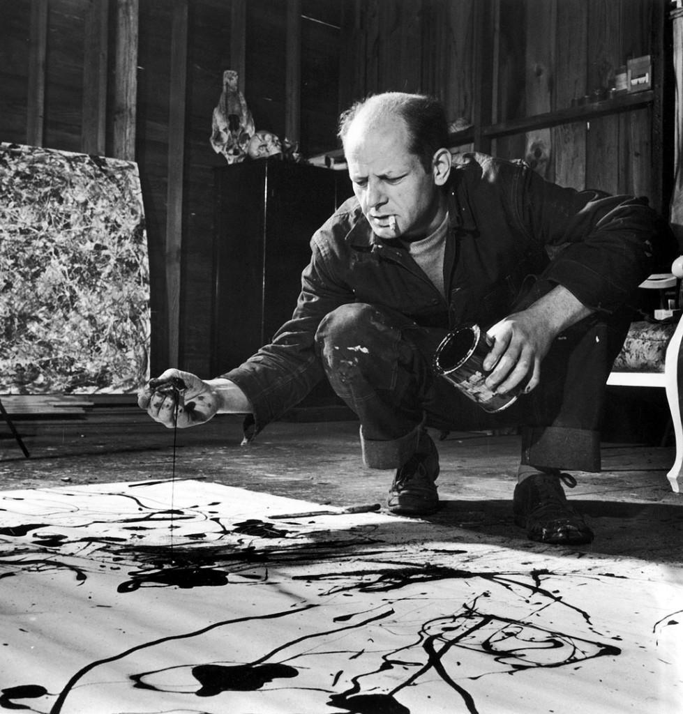 Martha Holmes. جکسن پالاک در استودیواش، اسپرینگز، لانگآیلند، نیویورک، 1949