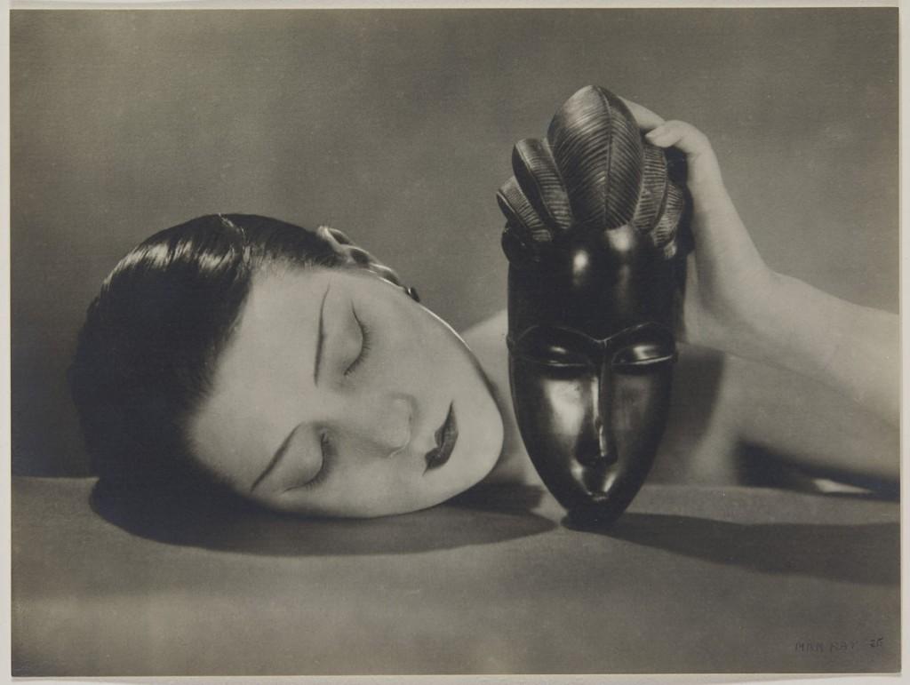 من ری. سیاه و سفید، 1926