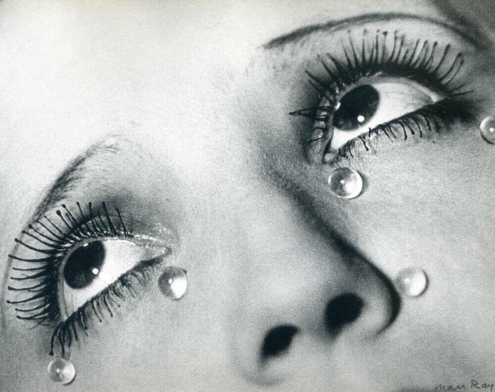 من ری. اشکهای شیشهای، 1932