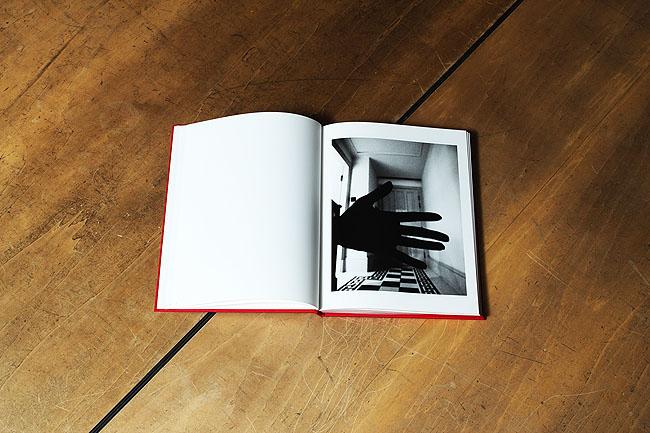 میکا نیناگاوا. کتاب خودنگاره، لیبل م شماره 29