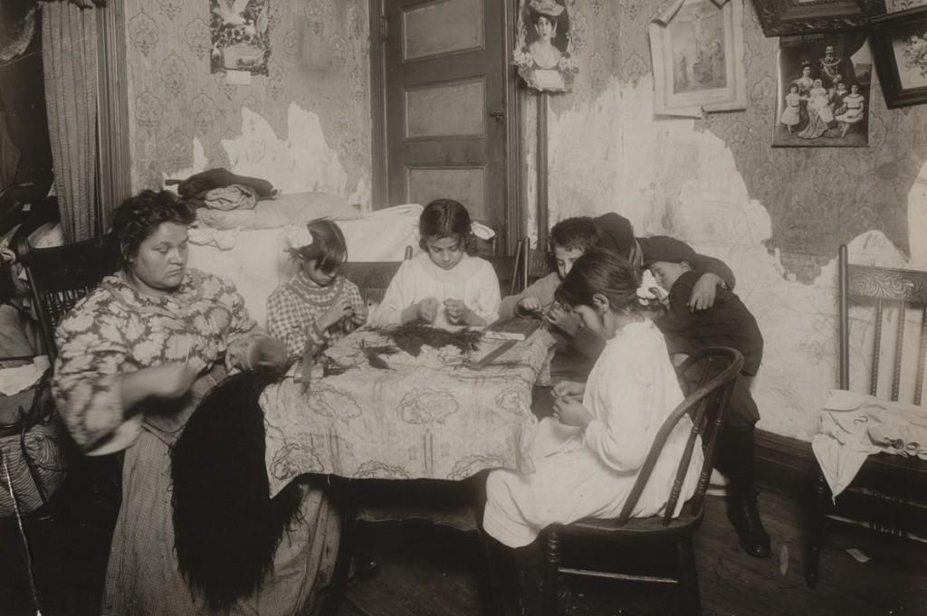 لوئیس هاین. کار در خانه، 1911