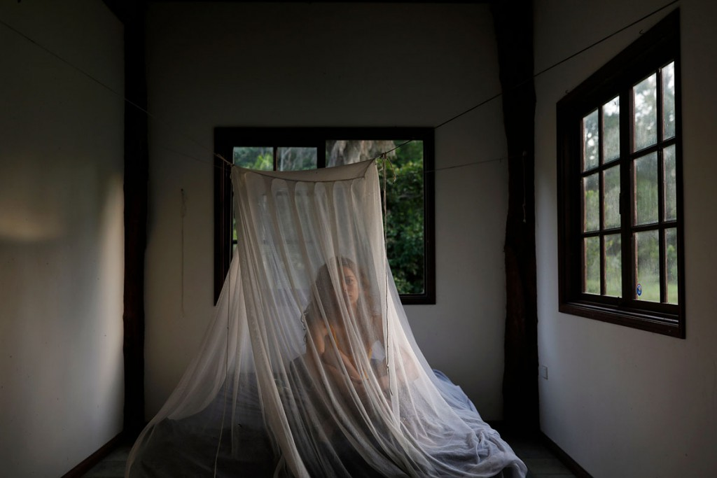 Alexandra Nielsen از استرالیا. زیر پشهبند، از مجموعه The Backpacker، از فینالیستهای مسابقه عکاسی سفر لنزکالچر 2020