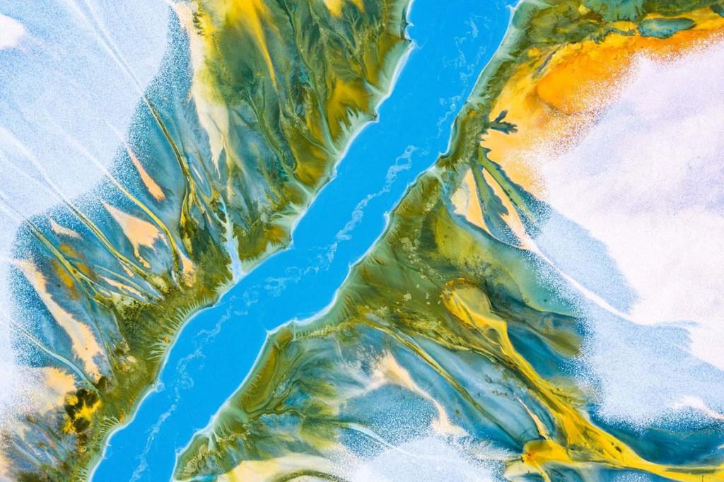 Gheorghe Popa. رودخانه آبی. مقام دوم بخش «استودیو طبیعت» مسابقه عکاسی عکاس سال حیات وحش اروپا 2020