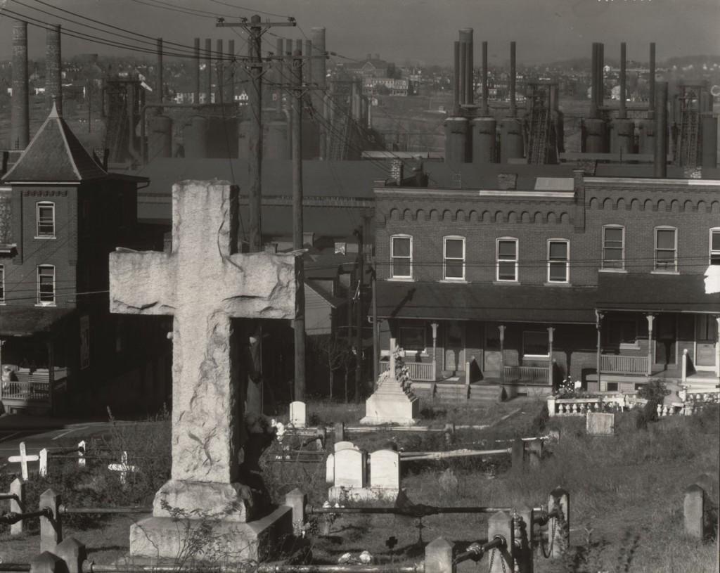 واکر اونز. قبرستانی در کنار کارخانه فولاد، بتلهم، پنسیلوانیا، نوامبر 1935