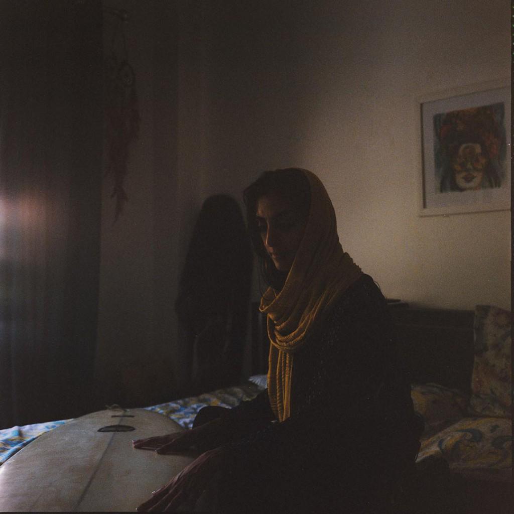 Giulia Frigieri. از مجموعه Surfing Iran