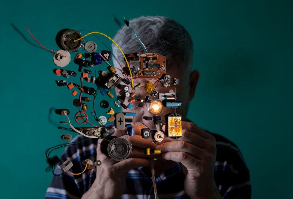 Denis Serrano. ادماندو مبتلا به اسکیزوفرنی، از برندگان بخش تکعکس Wellcome Photography Prize 2020