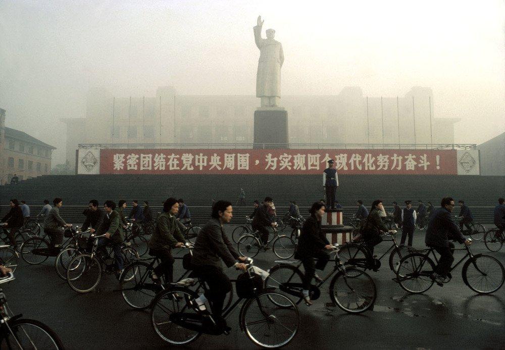 برونو باربی. قصر صنعتی چِنگدو، چِنگدو، چین، 1980