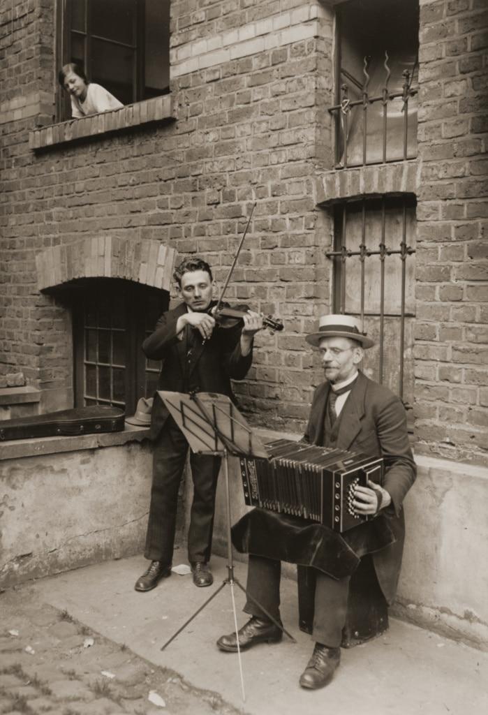 آگوست زاندر. [موزیسینها، کلن]، 1928