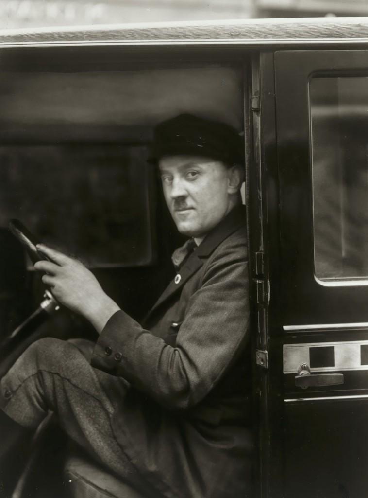 آگوست زاندر. شوفر، 1929