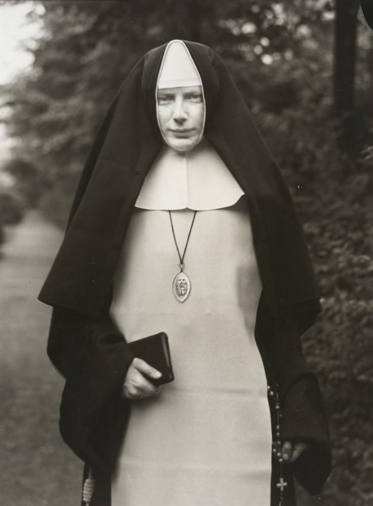 آگوست زاندر. راهبه، 1921