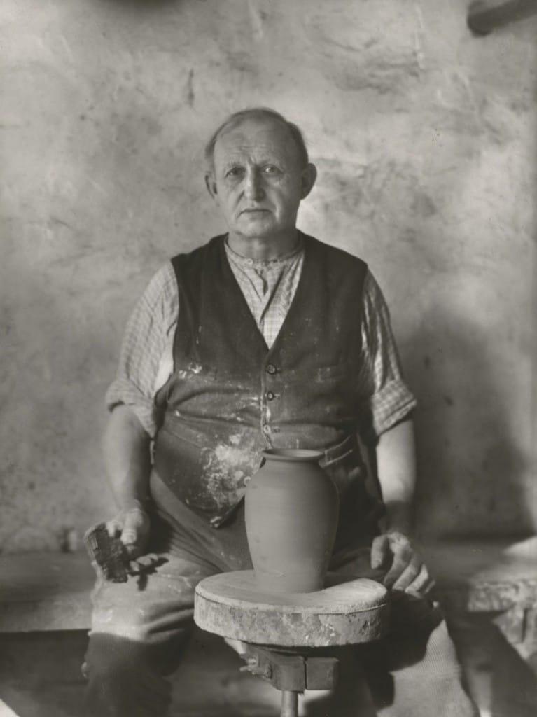 آگوست زاندر. سفالگر، 1927